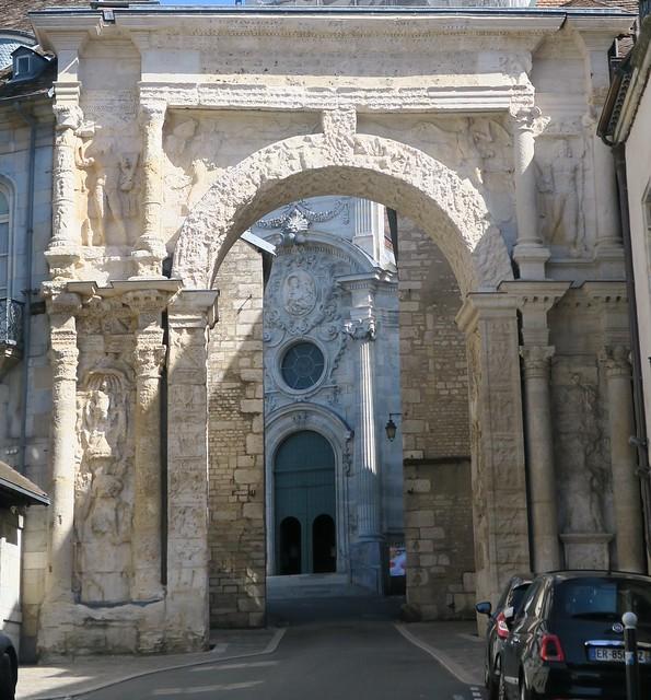 Quel est ce lieu??? Porte Noire (IIe siècle), Besançon (25)