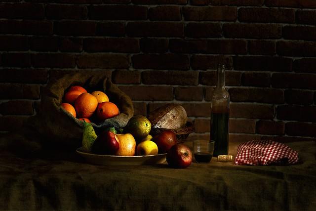 Fruta y vino.