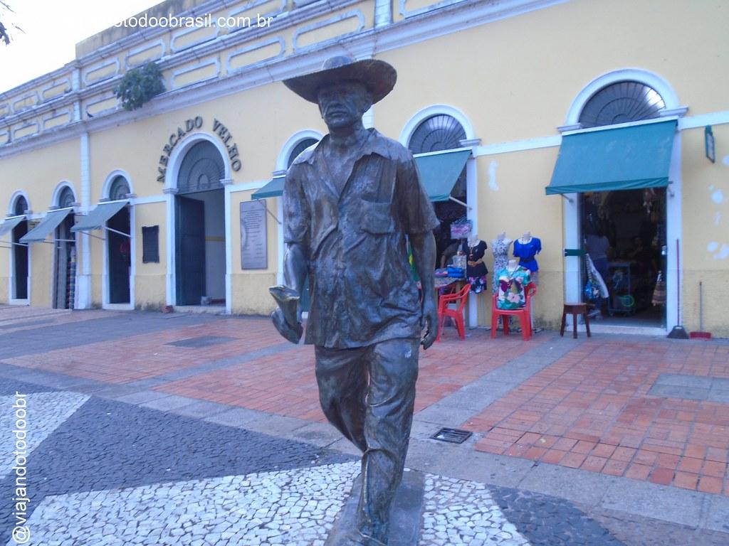 Rio Branco - Estátuas em homenagem ao Nordestino, Engenheiro e Trabalhador