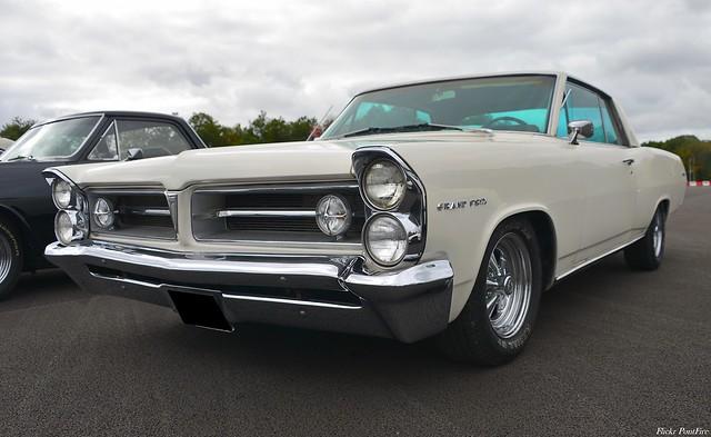 1965 Pontiac Grand Prix 2 door coupe