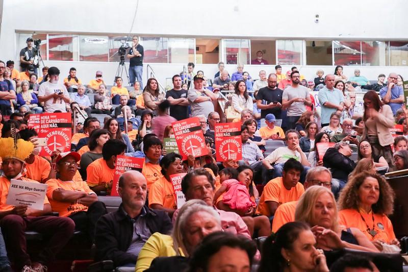 Fotos da campanha contra o carvão no Rio Grande do Sul