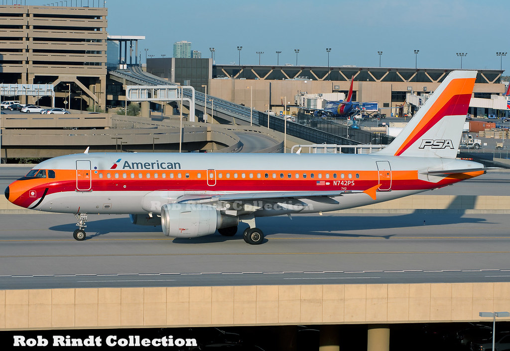 American Airlines A319-112 N742PS