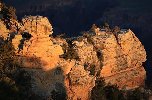 Yellow Rocks at Edge 7D2_5336