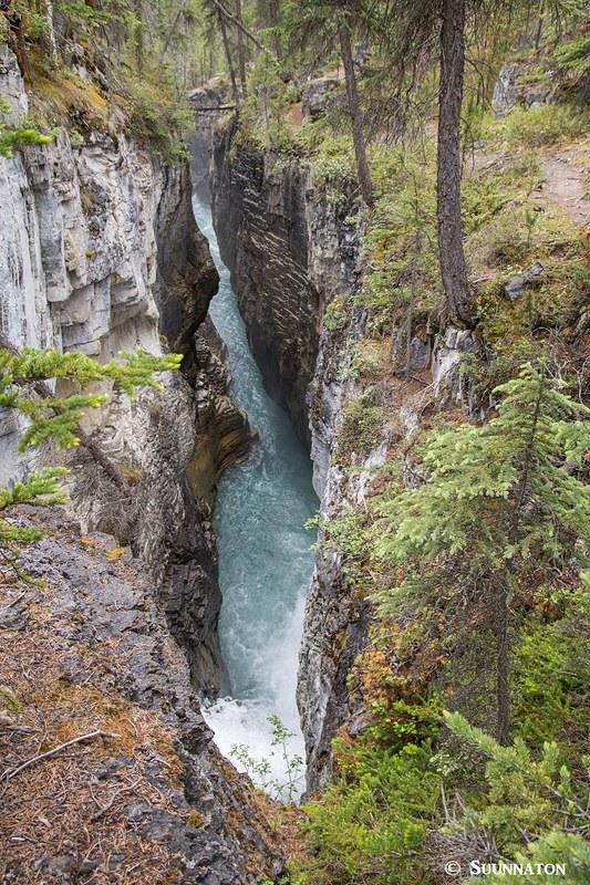Stanley Falls, Jasperin kansallispuisto, Kalliovuoret, Kanada