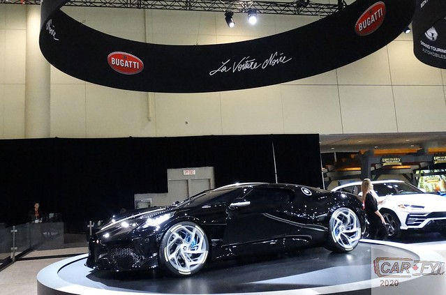 Bugatti La Voiture Noire Supercar