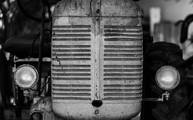 Tractor Face