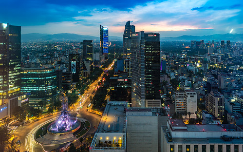 mexicocity mexico sony sonya7riii zeiss zeissbatis25mm skyline sky skyscraper clouds reforma theangelofindependence monumentoalaindependencia sunset mountains skyscrapers longexposure nightshot night nightphotography cloudy evening mexicodf visitmexico ciudaddeméxico distritofederalmexico cdmx