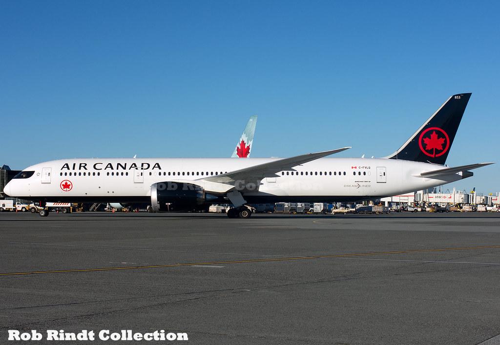 Air Canada Boeing 787-9 C-FVLQ