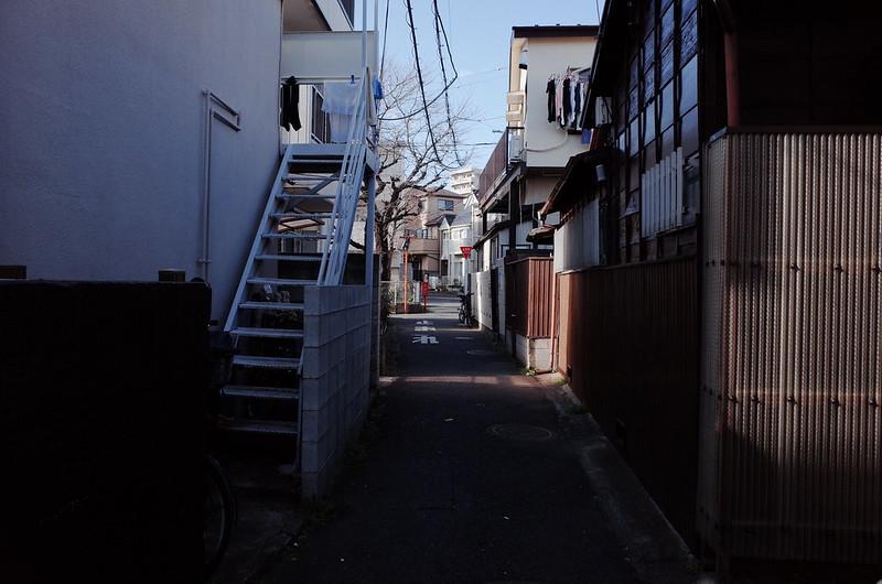 22東京いい道しぶい道西大井のんき通り商店街ドブ川の暗渠を進む