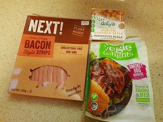 Making Bacon Cheeseburgers