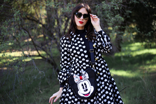 Harvey's Convertible Crossbody Disney Mickey Heart Minnie Halogen x Atlantic Pacific Heart Coat