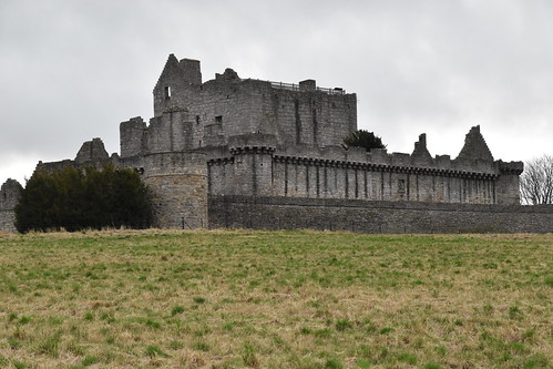 The 16th Century Castle of Craigmillar