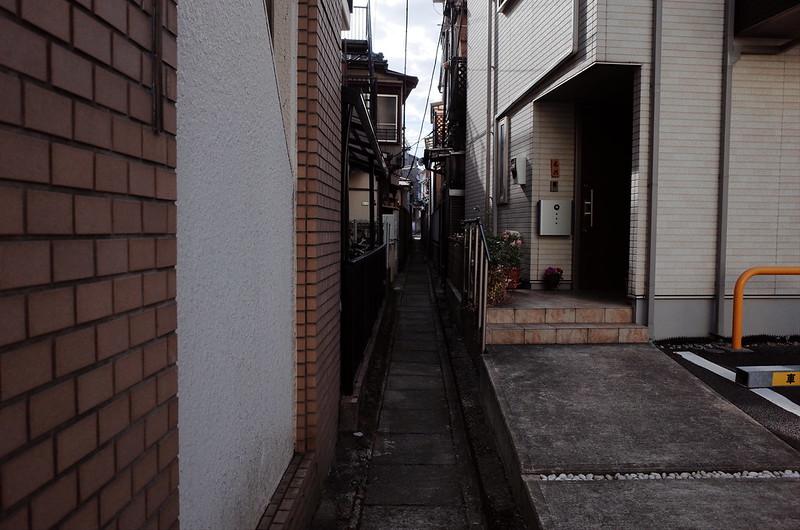 18東京いい道しぶい道西大井のんき通り商店街横道のどぶ板通り