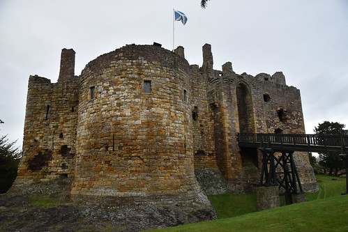 Castles of Britain: Dirleton