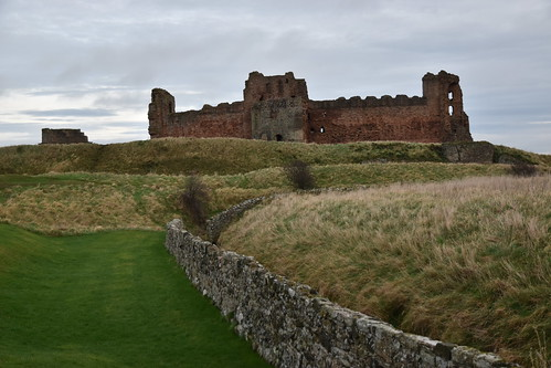 Earthworks & Tantallon Castle