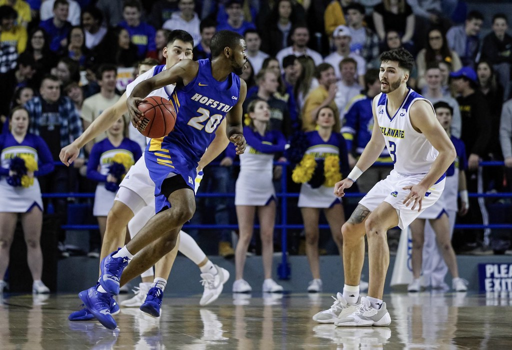 Hofstra wins 78-62 over Delaware
