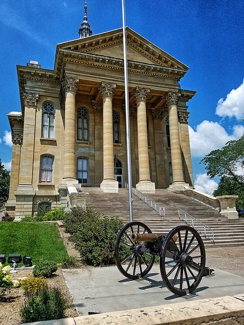 Macoupin County Courthouse- Carlinville IL (4)
