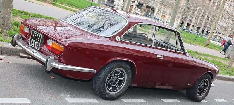 Alfa Romeo 2000 GTV Bertone - Paris Vauban Février 2020 49575353183_55d21affd6_c