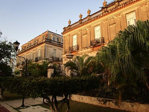Las Casas Gemelas, the twin houses, on Paseo de Montejo, Merida