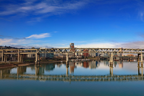 ian sane images marquambridge reflection willamette river architecture portland oregon minimalism landscape photography canon eos 5ds r camera ef24105mm f4l is ii usm lens