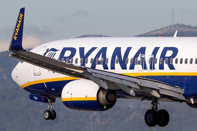 Boeing 737-800 Ryanair EI-FZH cn 44781/6341