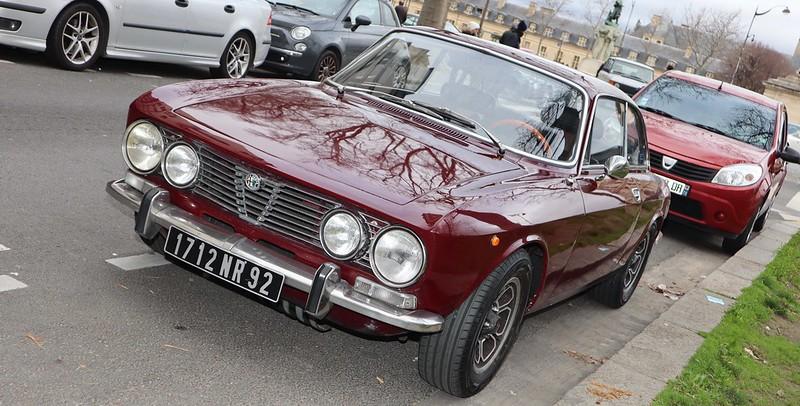 Alfa Romeo 2000 GTV Bertone - Paris Vauban Février 2020 49576088417_6536f60726_c
