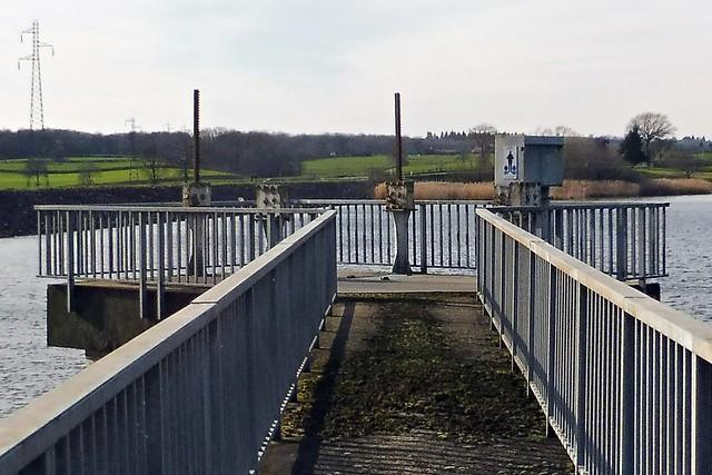 17 - Blanzy (Bourgogne du Sud) - Barrage de la Sorme