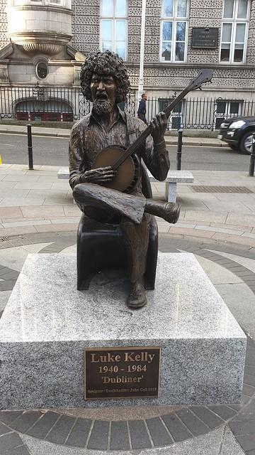 Dubliner Luke Kelly Statue