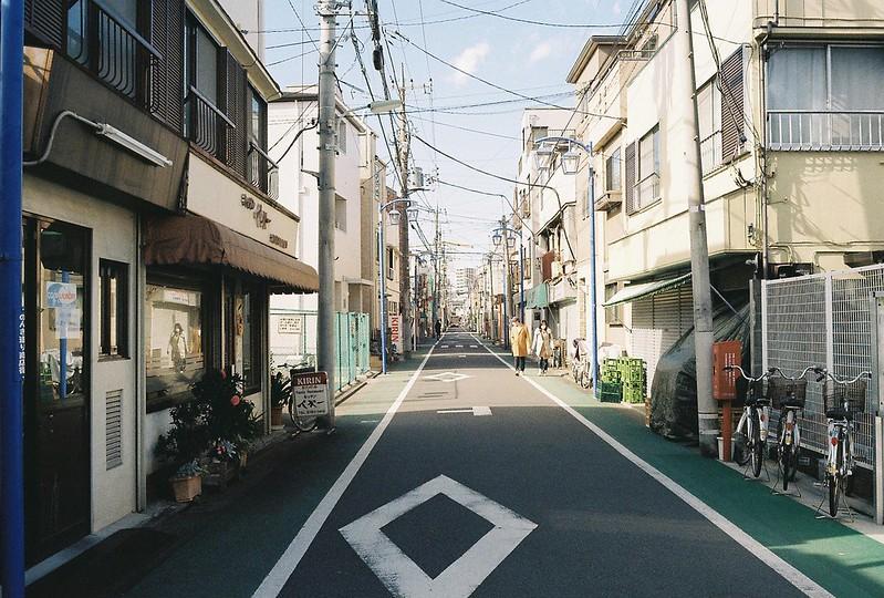 010東京いい道しぶい道西大井のんき通りキッチンペギー前