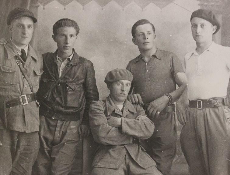 Grupa Dąbrowszczaków.