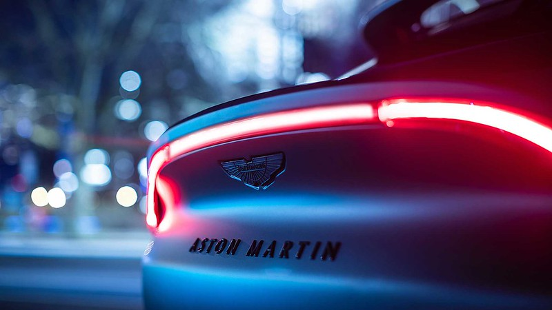 the-aston-martin-dbx-by-q-is-the-bespoke-suv-you-ve-been-waiting-for (6)