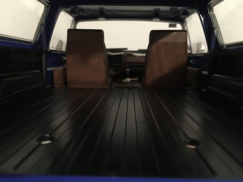 RC4WD trailfinder2 Blazer V8 49577889316_ee19c5d352_c