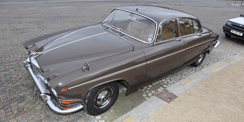 Jaguar type 420 G 1966/70 / 5763 exemplaires -  Paris Vauban Février 2020 49578004591_e4a90b095f_c