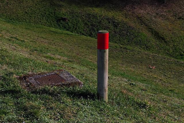 21 - Blanzy (Bourgogne du Sud) - Barrage de la Sorme - Balise