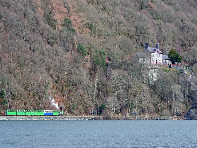 Padarn lake railway