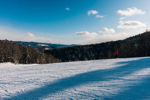 asia canon japan s100 cold winter furano hokkaido snow skislope redongreen colorcontrast shadowsonsnow treeline snowsports