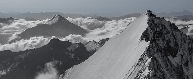 On the ENE Ridge of the Lenzspitze