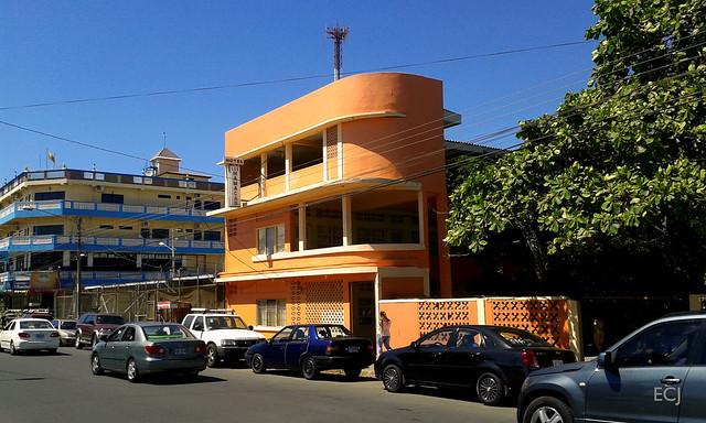 Hotel estilo Art Déco en Puntarenas/ Art Déco-styled hotel in Puntarenas