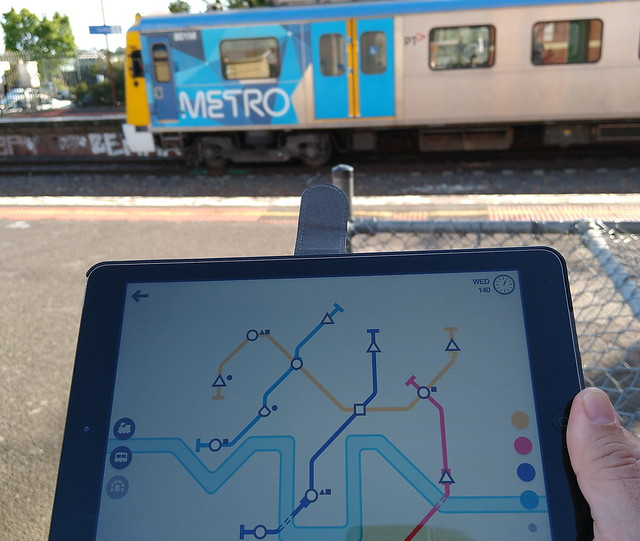 Playing Mini Metro at Caulfield station