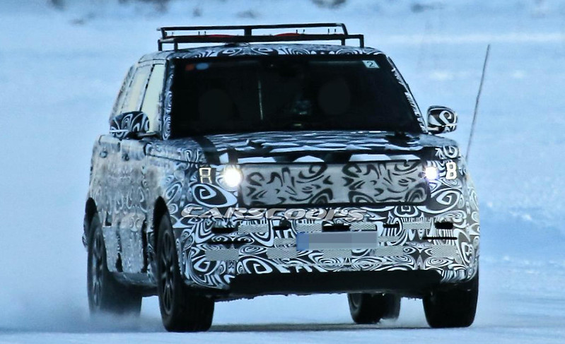 2022-Range-Rover-LWB-spy-shots-1