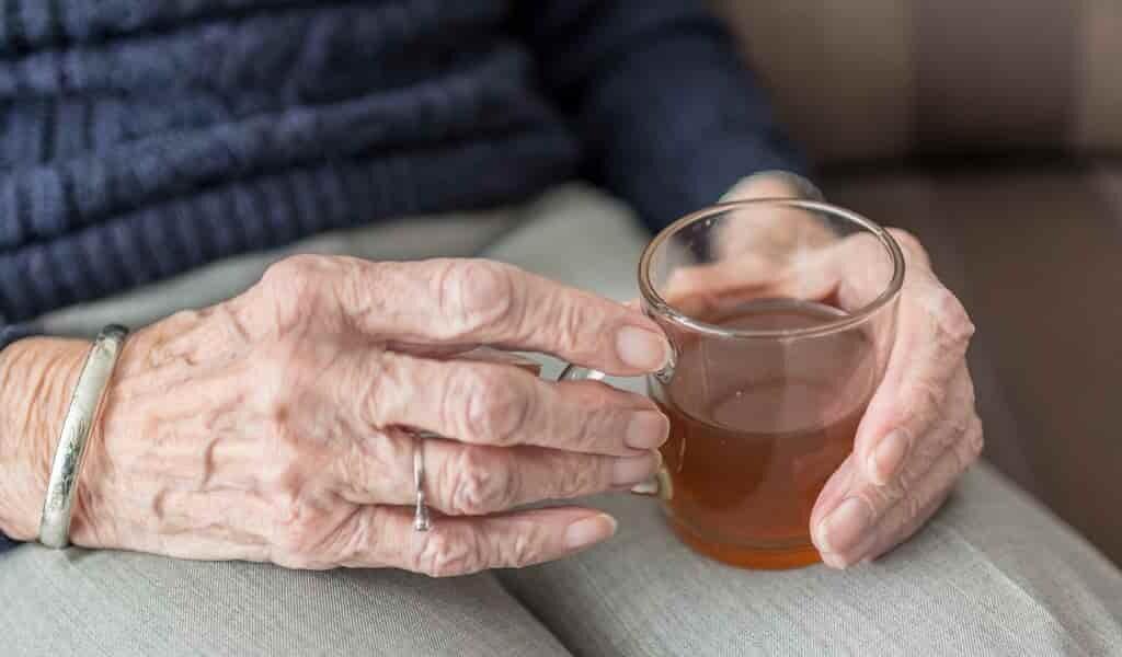 Une femme est atteinte du «syndrome urinaire d'auto-brasserie»