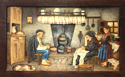 Cuadro de madera del office, representando a nuestros bisabuelos como los recordamos
