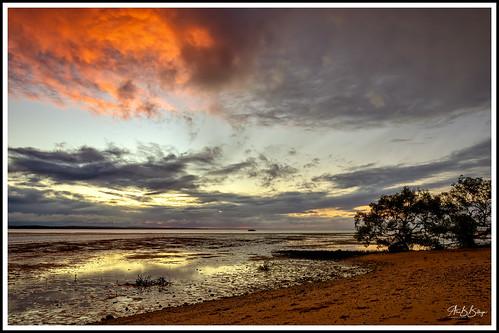 ocean beach clouds sunset herveybay australia queensland light colors nature