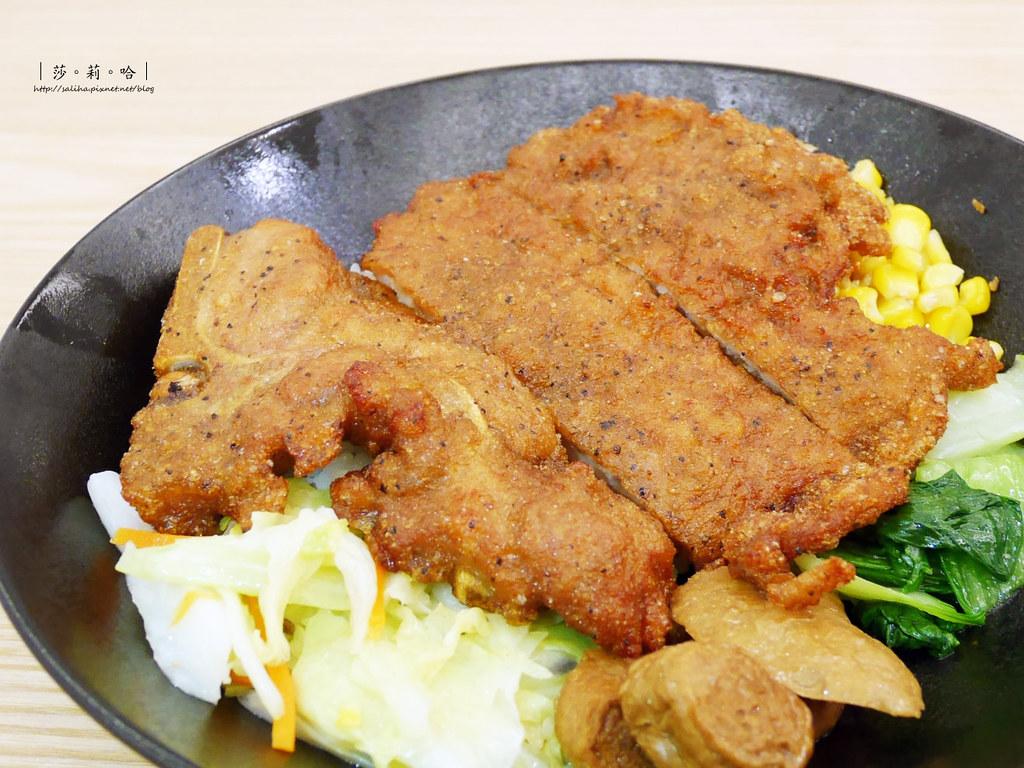 台北士林不限時餐廳梁社漢排骨 好吃便當雞腿飯外帶推薦分享食記 (4)
