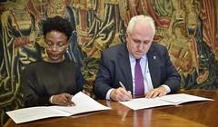 21/02/2020 - Deusto firma un acuerdo con la Red de Comisiones Electorales de ECOWAS (ECONEC)