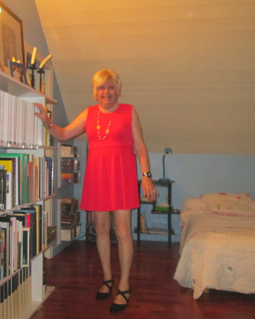 Red  dress , I love and new shoes to walk at the end of march on the strip