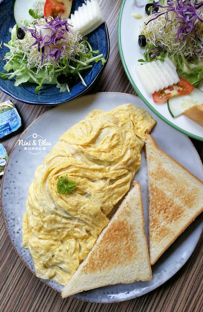 台中中國醫早午餐 奧樂美特junior19