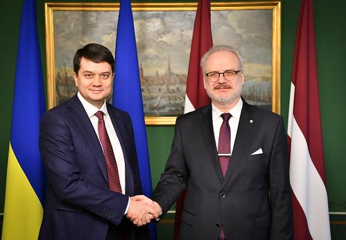 25.02.2020. Valsts prezidents Egils Levits tiekas ar V. E. Ukrainas parlamenta priekšsēdētāju Dmitro Razumkovu (H. E. Mr Dmytro Razumkov)