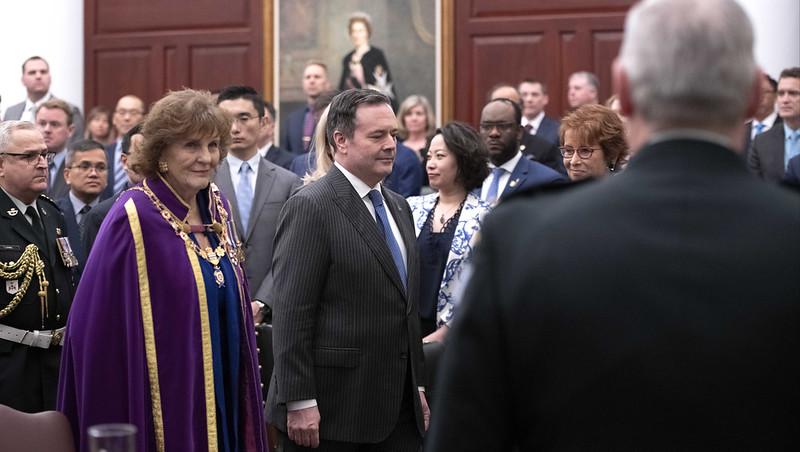 Throne speech promises blueprint for jobs