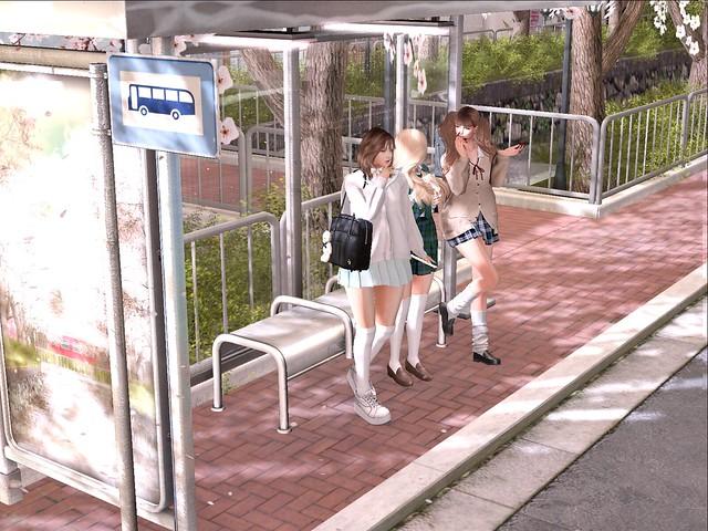 バス待ちぃーーー